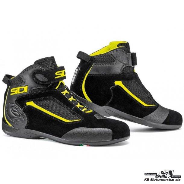 aa0c939c Sidi Gas Kort sko med snørre. Sort/fluo - Udstyr til person - KB ...