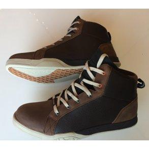 c0b1c6a91bd7 MC støvler og sko til herrer og damer
